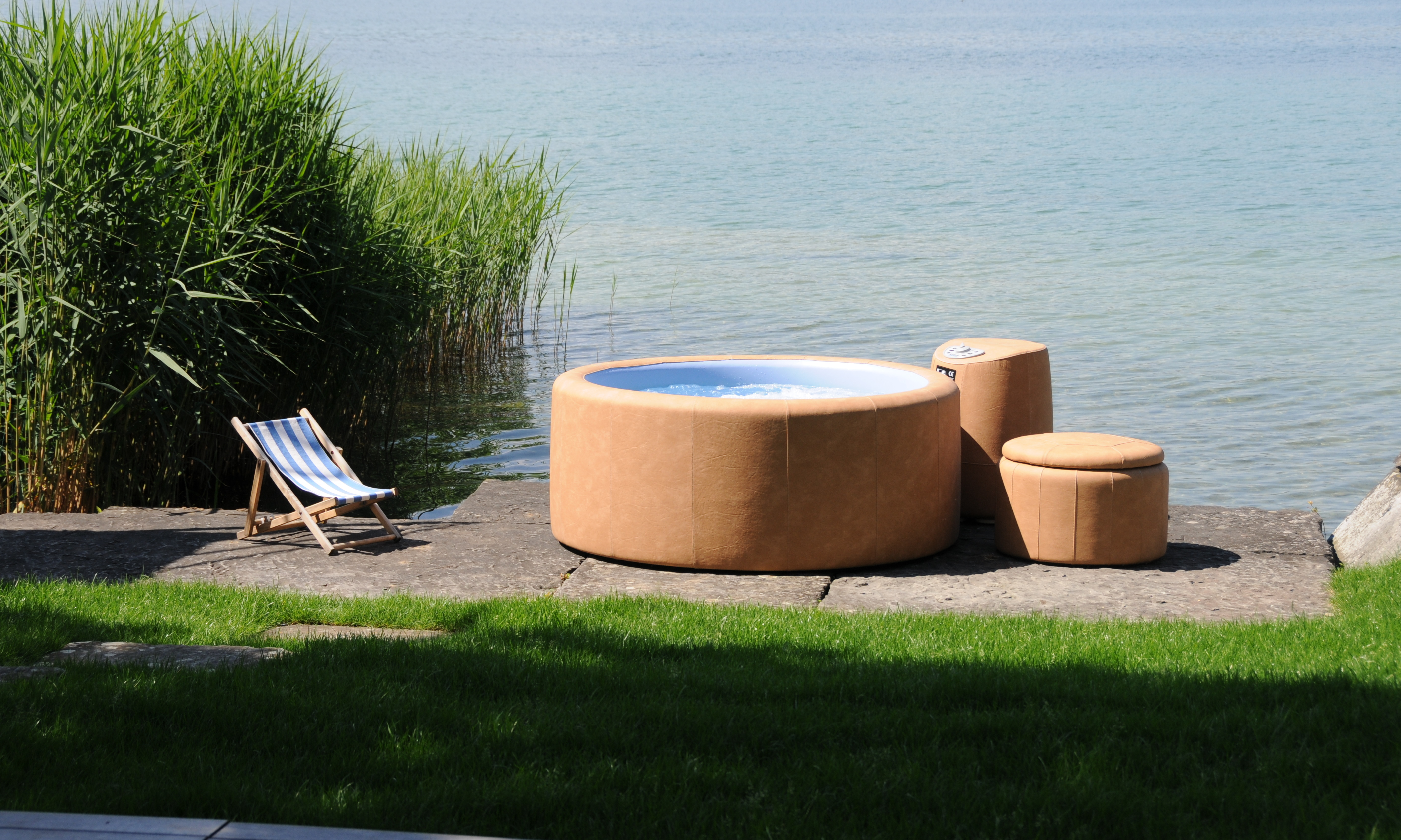 softub whirlpools and hot tubs ireland. Black Bedroom Furniture Sets. Home Design Ideas
